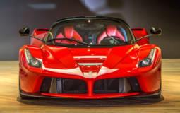 Ferrari LaFerrari gets towed for illegal parking
