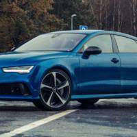 VIDEO: Audi RS7 vs fastest elevator in the world