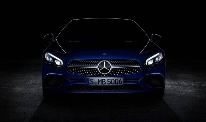 2016 Mercedes-Benz SL facelift - First official picture