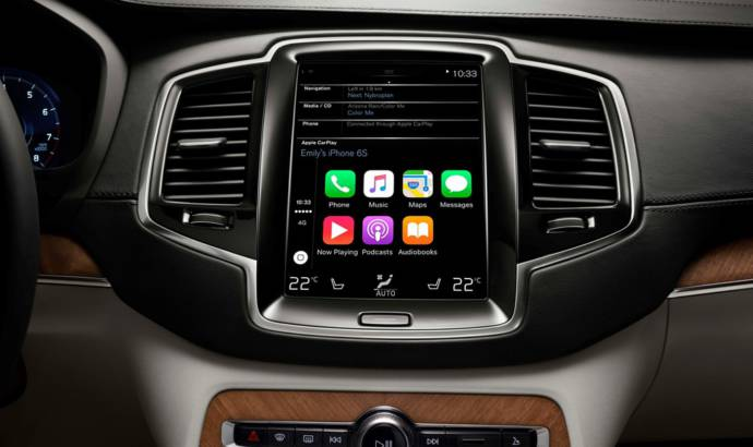 Volvo XC90 features Apple CarPlay, Pandora and Yelp