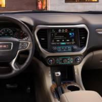 2017 GMC Acadia introduced