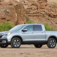 2017 Honda Ridgeline truck unveiled