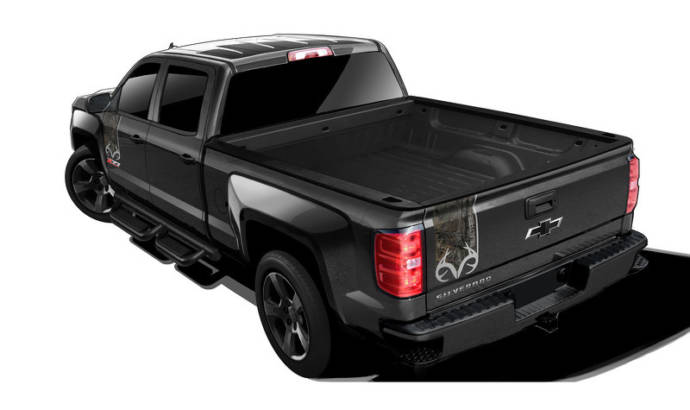 2016 Chevrolet Silverado Realtree Edition - First official pictures