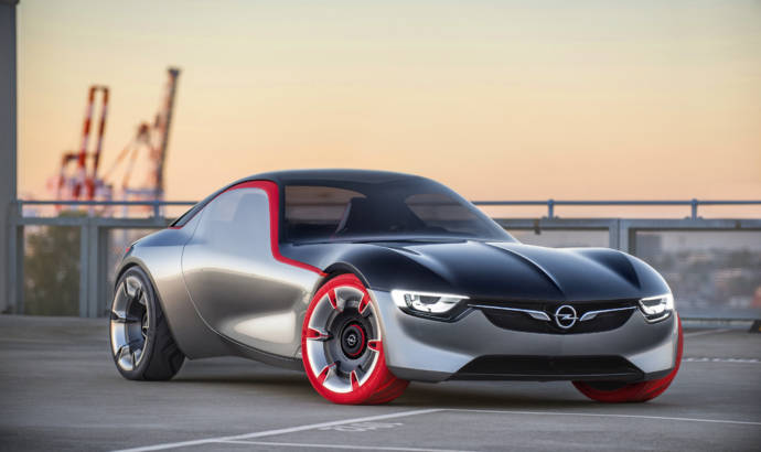 Opel GT Concept makes public debut