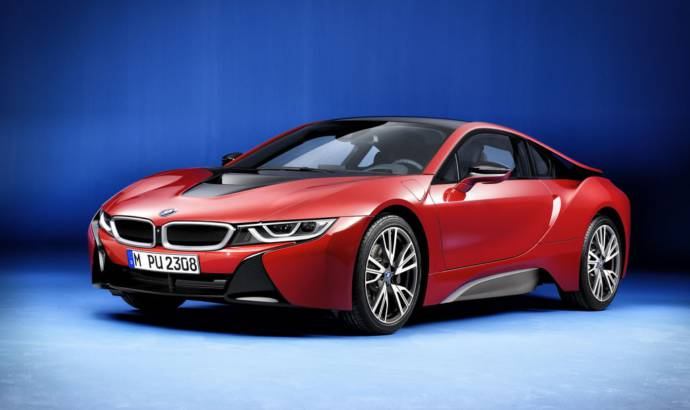 2016 BMW i8 Protonic Red edition unveiled