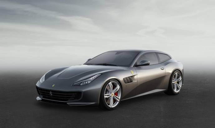 2016 Ferrari GTC4Lusso official details and pictures