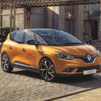 2016 Renault Scenic first images and details