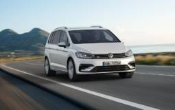 2016 Volkswagen Touran R-Line introduced