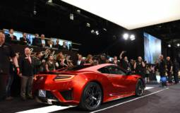 2017 Acura NSX sold it first unit for $1.2 million