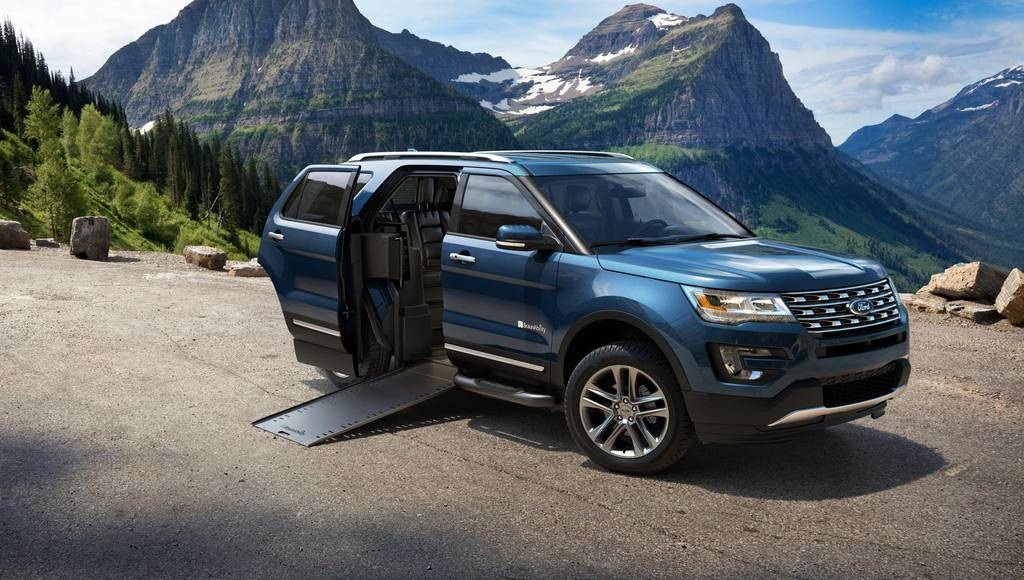 Ford Explorer BraunAbility MXV, a world premiere
