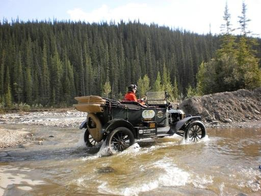 1915 Ford Model T to drive around the world