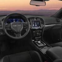 2016 Chrysler 300S Sport Appearance Packages introduced