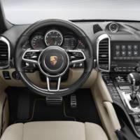 Porsche Cayenne receives updated PCM