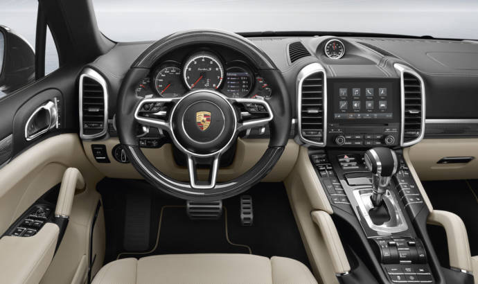 Porsche Cayenne receives updated PCM