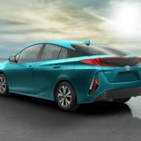 Toyota Prius Prime plug-in hybrid revealed
