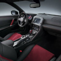 2017 Nissan GT-R Nismo facelift - Official pictures and details