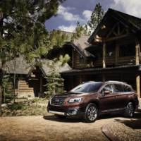 2017 Subaru Outback Touring announced