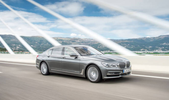 BMW 750d xDrive has the all-new 3 liter diesel quad-turbo engine
