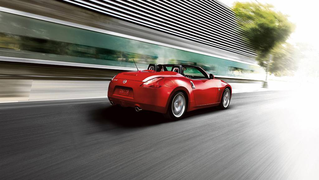 2017 Nissan 370Z Roadster introduced in US
