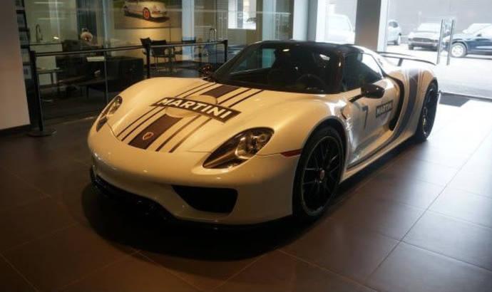 A Porsche 918 Spyder was stolen from a dealer. In broad daylight