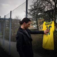 Volvo V90 commercial features again Zlatan Ibrahimovic