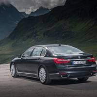 2017 BMW 740e officially detailed