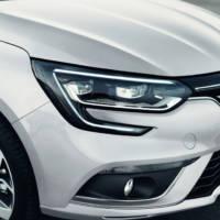 2017 Renault Megane Sedan introduced