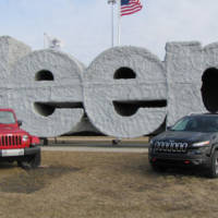 FCA is investing 1 billion USD intro Jeep plants