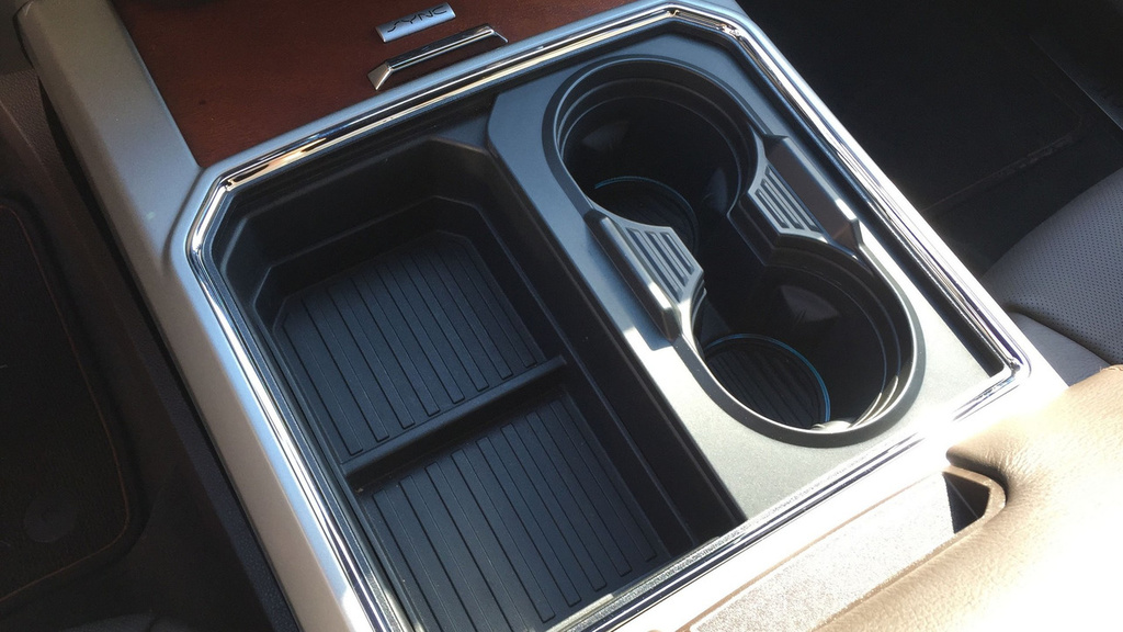 Ford Super Duty secret cup holders (Video)