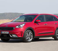Kia Niro Hybrid starts at 21.295 GBP in UK