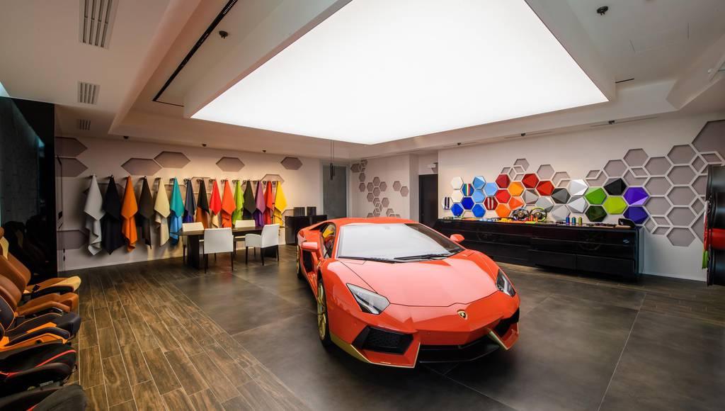 Lamborghini Ad Personam Studio gets detailed