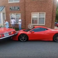 How to ram two awesome cars with one hit (Video)
