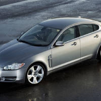 Jaguar Land Rover issues recall for its Takata airbags