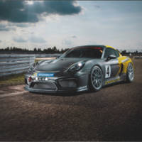 Porsche GT4 Clubsport MR is a new race-bred car