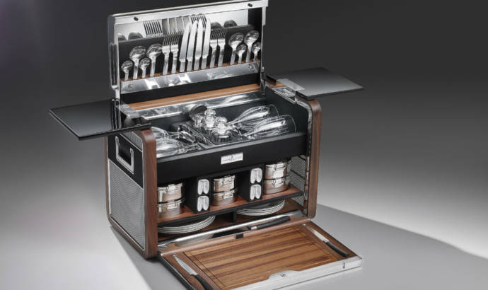 Rolls Royce offers a Picnic Hamper for Zenith Collection
