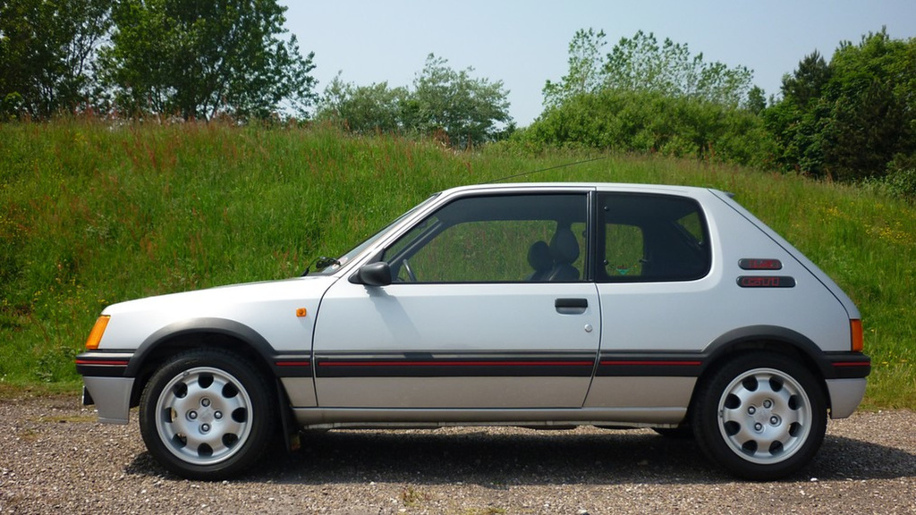 This 1989 Peugeot 205 GTI grabs 31.000 GBP and sets new world auction record