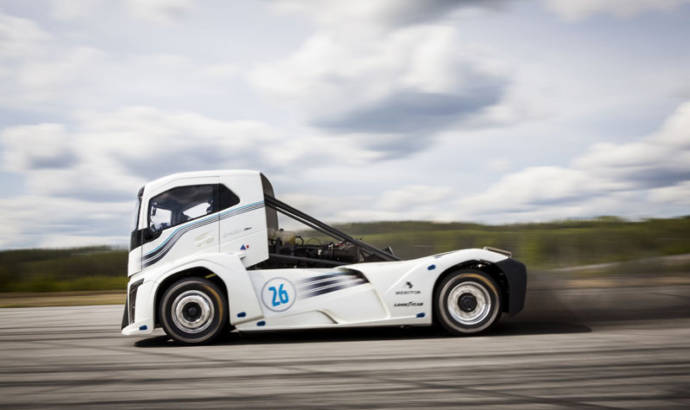 Volvo Iron Knight is the fastest truck in the world
