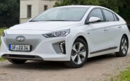 2017 Hyundai Ioniq hybrid EV