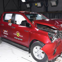 EuroNCAP awards five stars o Renault Scenic and Subaru Levorg