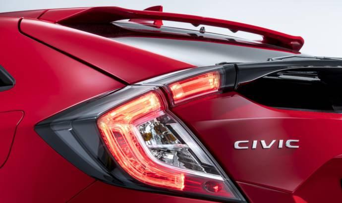 2017 Honda Civic teased ahead of Paris debut