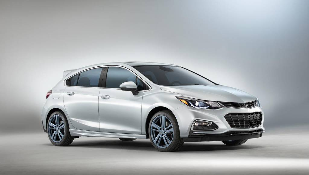 2017 Chevrolet Cruze RS Hatch Blue Line to be introduced at SEMA