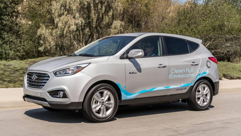 Hyundai Tucson Fuel-Cell achieve historic miles traveled