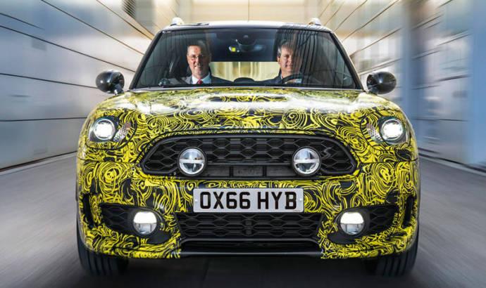 Mini Countryman Hybrid teased ahead of its debut