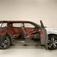 Mitsubishi GT-PHEV Concept hints at future SUV