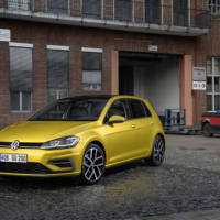 2017 Volkswagen Golf facelift is here - Official pictures and details