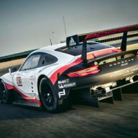 Porsche 911 RSR official photos and details