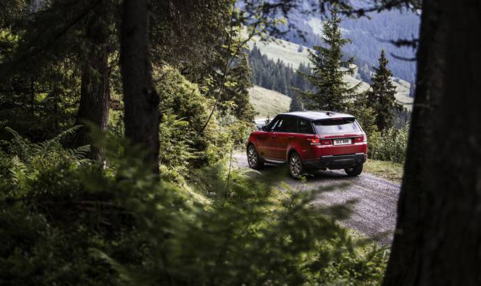 Range Rover Sport conquers the mighty Inferno downhill ski course in Murren