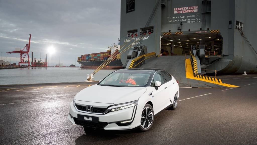 Honda Clarity Fuel Cell arrives in Europe