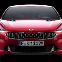2017 Kia Stinger official details and photos