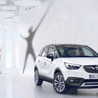 2017 Opel Crossland X - Official pictures and details
